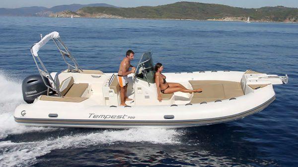 Location bateau CAPELLI Tempest 700 - 7m50 cannes - mandelieu - theoule